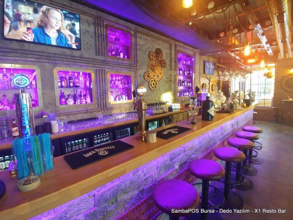 X1 Resto Bar